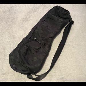 Lululemon The Yoga Mat Bag
